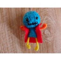 Porte clé cape man bleu bouche cousue