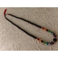 Collier perles de lave et perles 7 chakras X 4 fil rouge