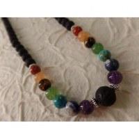 Collier perles de lave et perles 7 chakras X 4 fil color