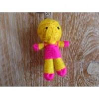 Porte-clés poupée jaune/rose