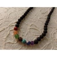 Mala perles 7 chakras pompon noir