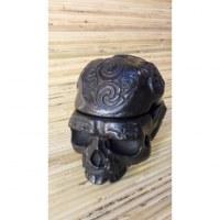 Cendrier gravé noir crâne amovible