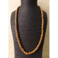 Sautoir marron clair en perles