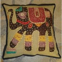 Housse carrée patch éléphant marron