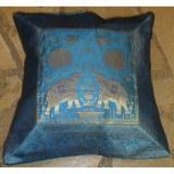 Housse carrée Vanarasi bleu les éléphants