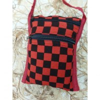 Sacoche damier rouge