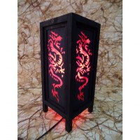 Lampe rouge dragon noir