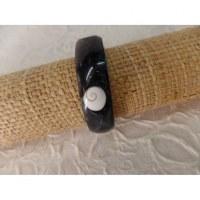 Bracelet noir oeil de Sainte Lucie