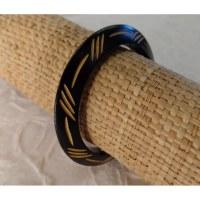 Bracelet bois guillemets