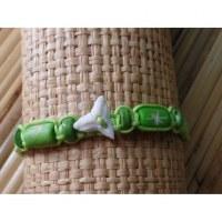Bracelet vert dent de requin