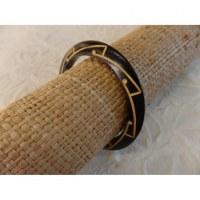 Bracelet gravé tribal