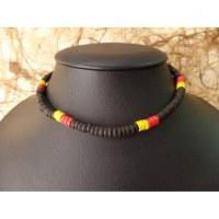 Collier gelombang noir/jaune/rouge