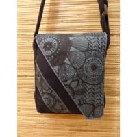 Sacoche noire motif gris
