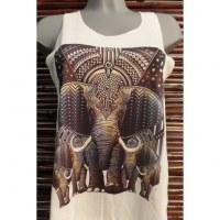 Débardeur troupeau d'éléphants
