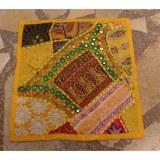 Housse carrée Jammu jaune or