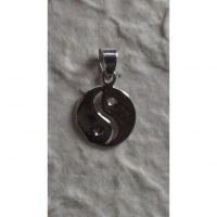 Pendentif rond yin yang