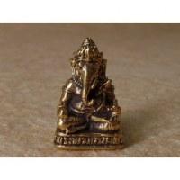 Ganesh assis en tailleur doré 2