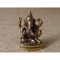 Ganesha assis sur son trône