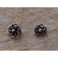 Clous d'oreilles fleur en argent