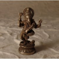 Petit Ganesh dansant gris