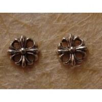 Clous d'oreilles floralia