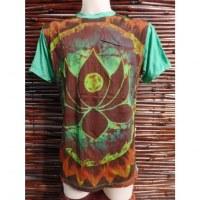 Tee shirt vert fleur de lotus