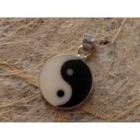 Pendentif yin yang