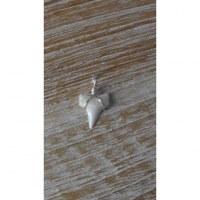 Pendentif mini dent de requin mako 3