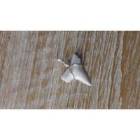 Pendentif petite dent de requin mako 7