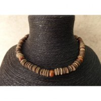 Collier marron Padang