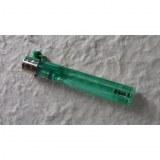 Briquet jetable tube vert