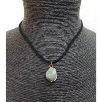 Collier cordon pendentif jade