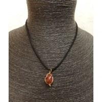 Collier cordon pendentif jaspe rouge