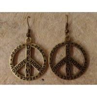 Boucles d'oreilles gravées peace and love