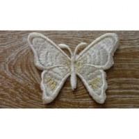 Ecusson papillon écru