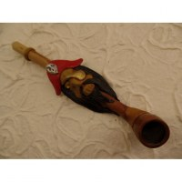 Pipe pirate au chapeau rouge