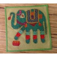 Housse carrée vert pomme patch éléphant