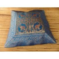 Housse carrée Vanarasi bleu les 4 éléphants