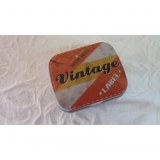 Boite rangement label vintage