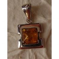 Pendentif carré argent et ambre