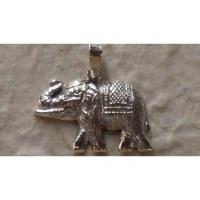 Pendentif éléphant harnaché