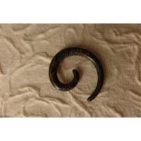 Elargisseur d'oreille spirale foncée