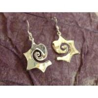 Boucles d'oreilles spirale tribale