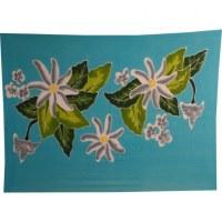 Petite tenture bleue grosses fleurs de frangipanier