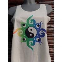 Débardeur yin yang volutes vertes et bleues