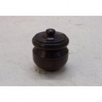 Mini-boîte en bois joli pot