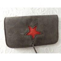 Blague à tabac grise étoile rouge