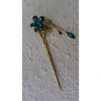 Pic à cheveux strass charms églantine turquoise