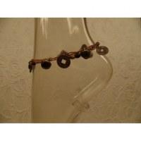 Bracelet de cheville beige sapèques