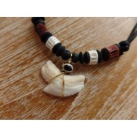 Collier perles en os bicolore medewi